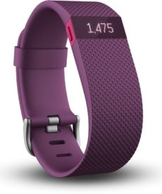 Fitbit Charge HR in der Farbe Plum